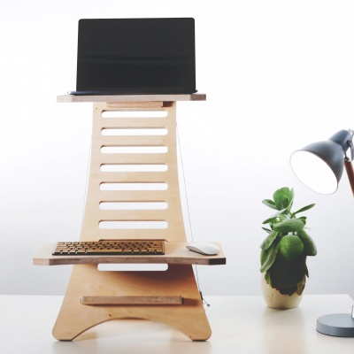 improveproductivity_minimalism_keepfit_officedesk_natural_workspace_work_officedecor_inspiration_ecofriendly_wohntrends_bro_arbeiten_holzdesign_gutehaltung